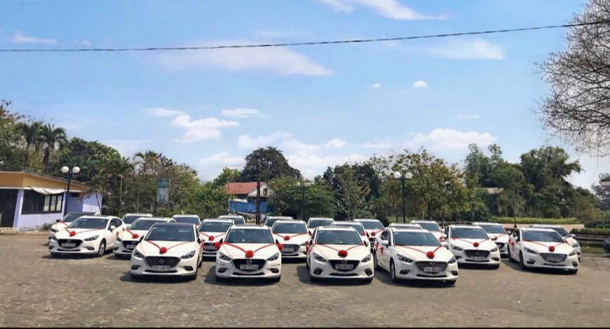 Dòng xe Mazda3 phục vụ đám cưới